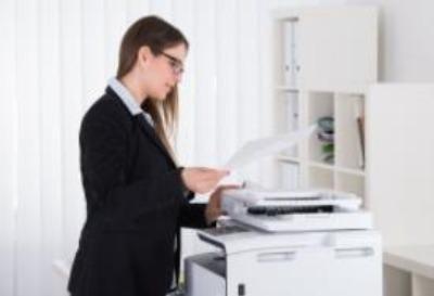 助理主要整理文件、档案、资料的整理、分类、归档、记录;